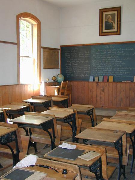 Változás a középszintű és az emelt szintű angol érettségi íráskészség feladatának értékelésében